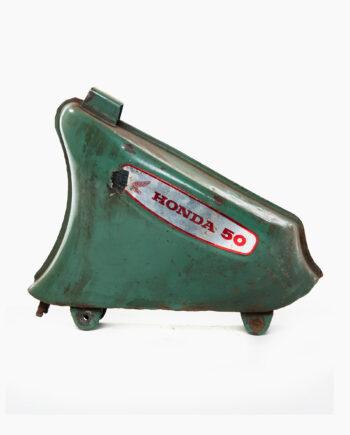 Benzinetank Honda C50 (nr. 67)