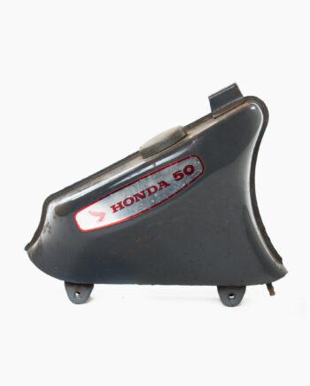 Benzinetank Honda C50 (nr. 76)