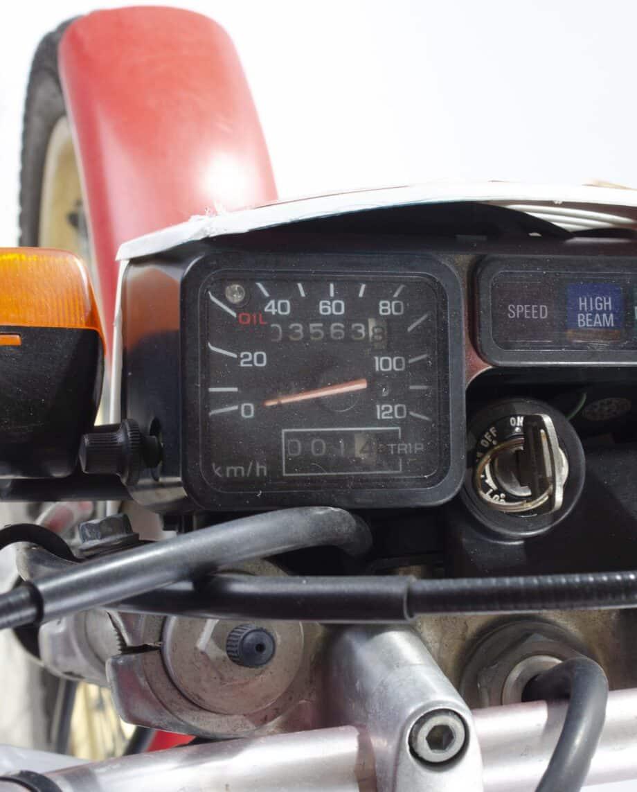 Honda TLM Rood Wit 3563 PTX_1033